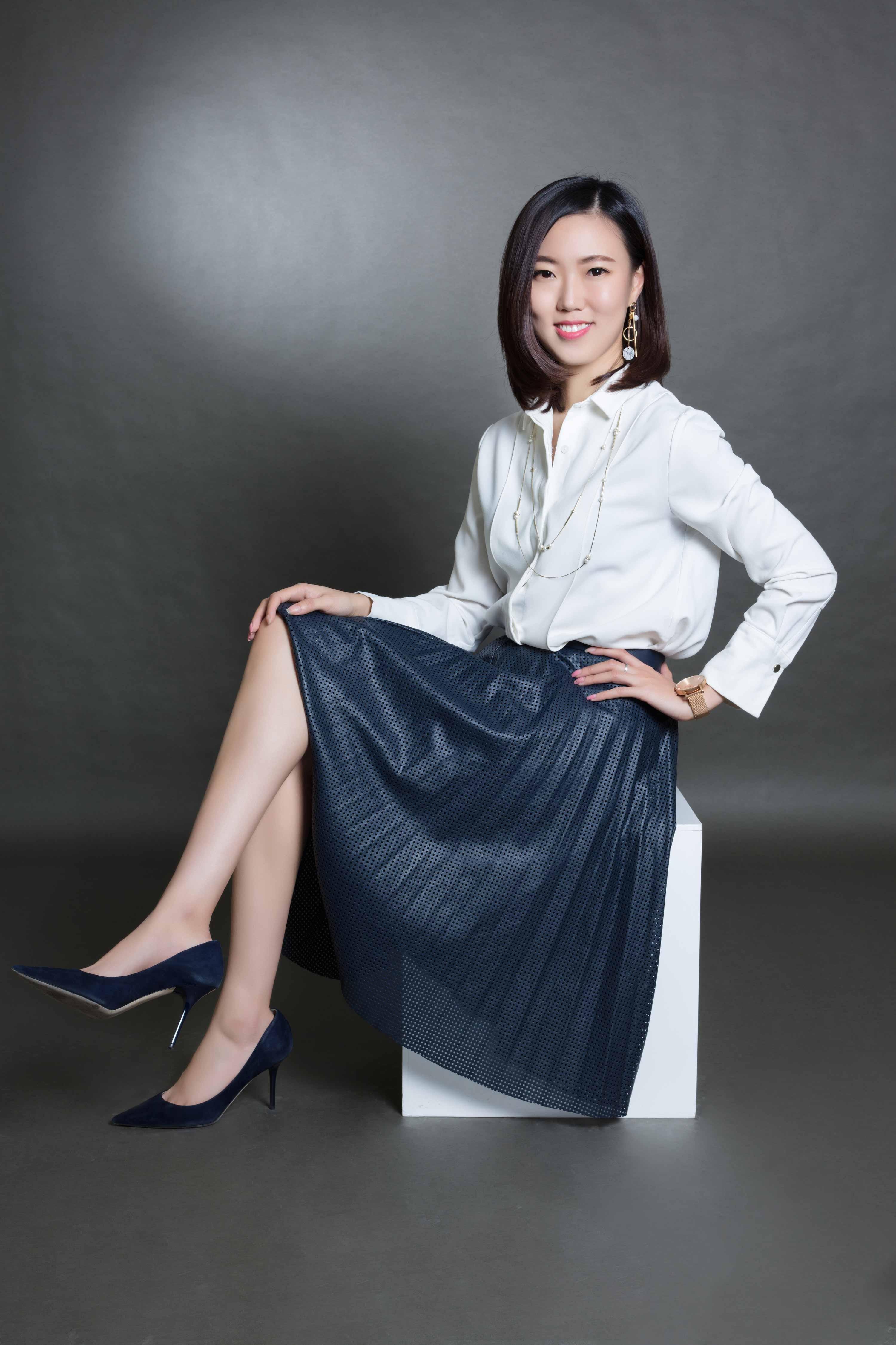 首席偶像_寺库集团首席营销官杨静怡