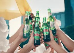 ?#21644;?#22763;创意集团上海携青岛啤酒创意广告折桂2019伦敦国际金奖