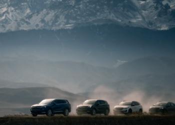 """別克廣告片撞臉路虎,""""高大上""""的汽車廣告都長一個樣?"""