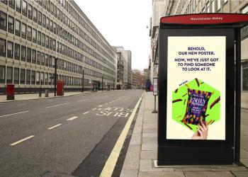 这组英国疫情户外海报,搞笑中透露着辛酸...