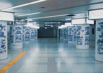 """日本街头广告,真""""变态""""!"""