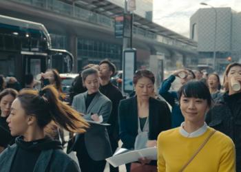 """Apple Watch中国版广告,""""冒犯""""了打工人?"""