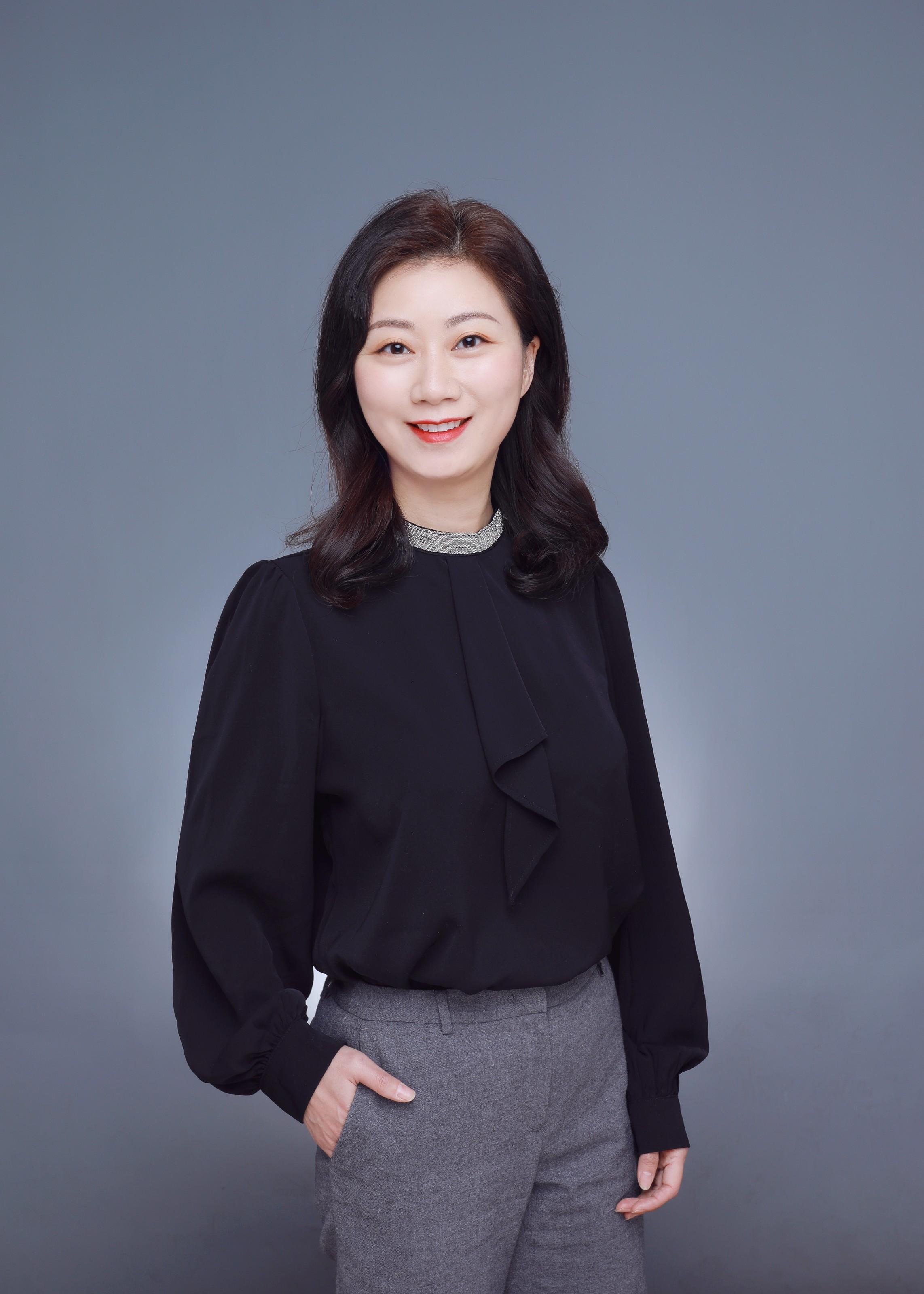 Stacy Zhang.jpg