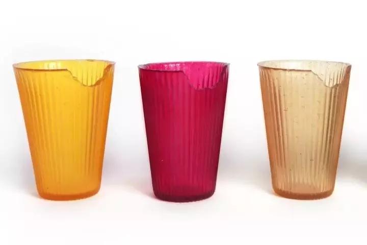 可食用的彩色果冻杯.jpg